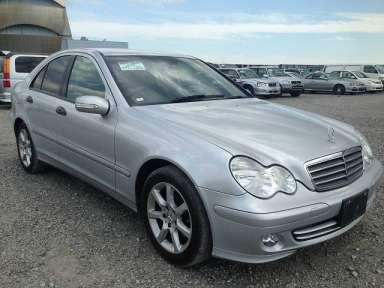 2004 AT Mercedes Benz C-Class 203046