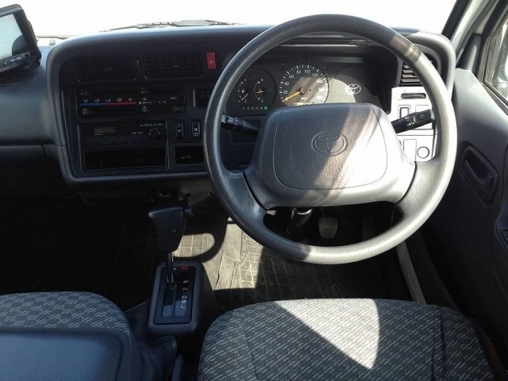 Used 2002 AT Toyota Hiace Van RZH125B Image[7]
