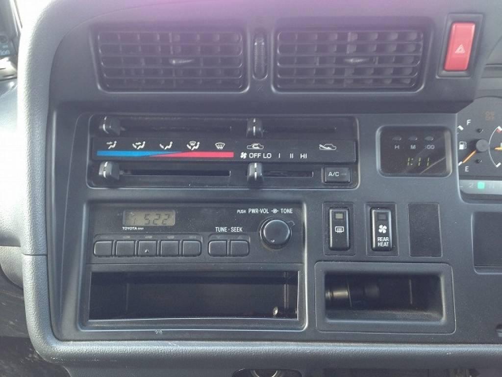 Used 2002 AT Toyota Hiace Van RZH125B Image[12]