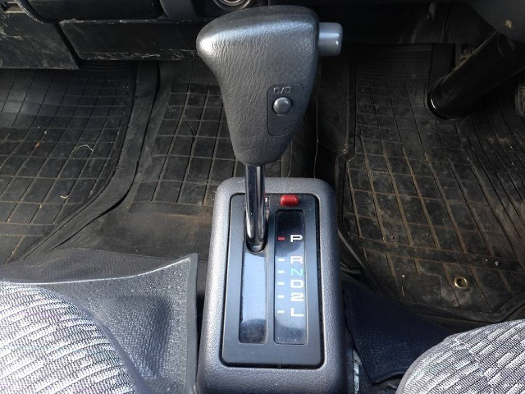 Used 2002 AT Toyota Hiace Van RZH125B Image[15]