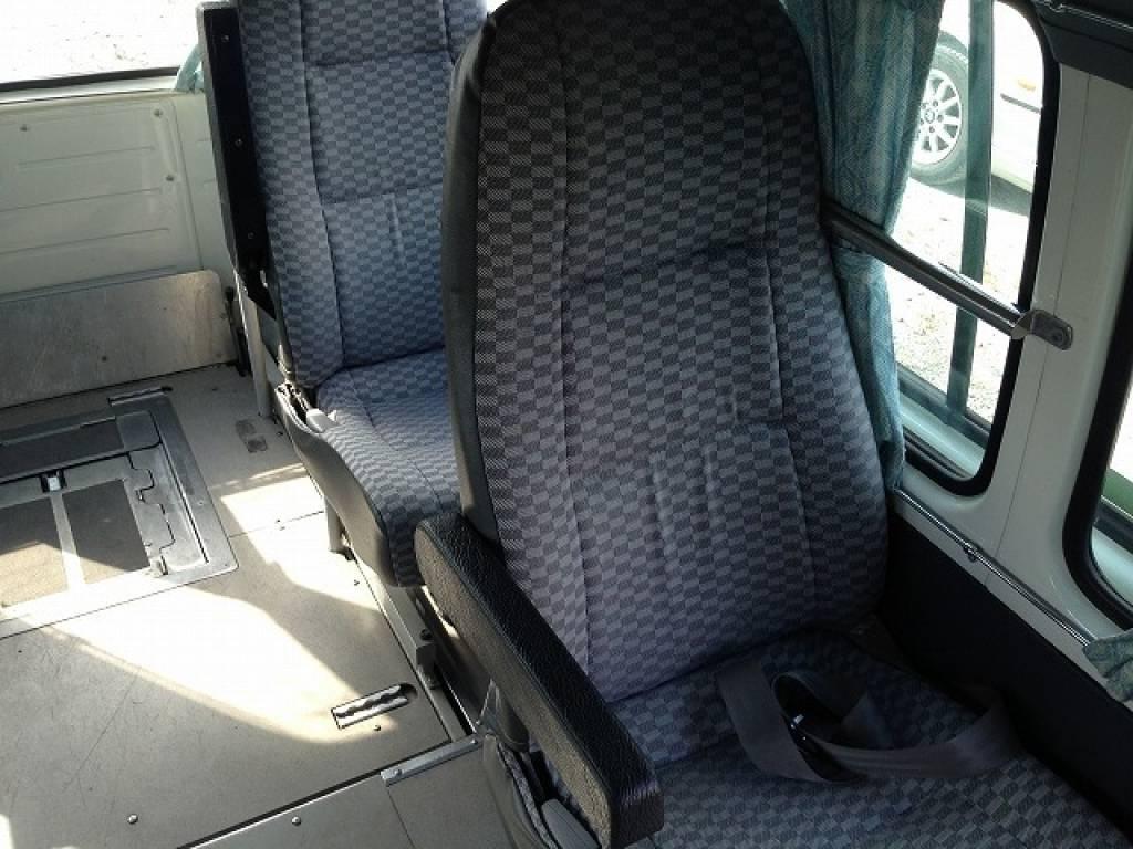 Used 2002 AT Toyota Hiace Van RZH125B Image[19]
