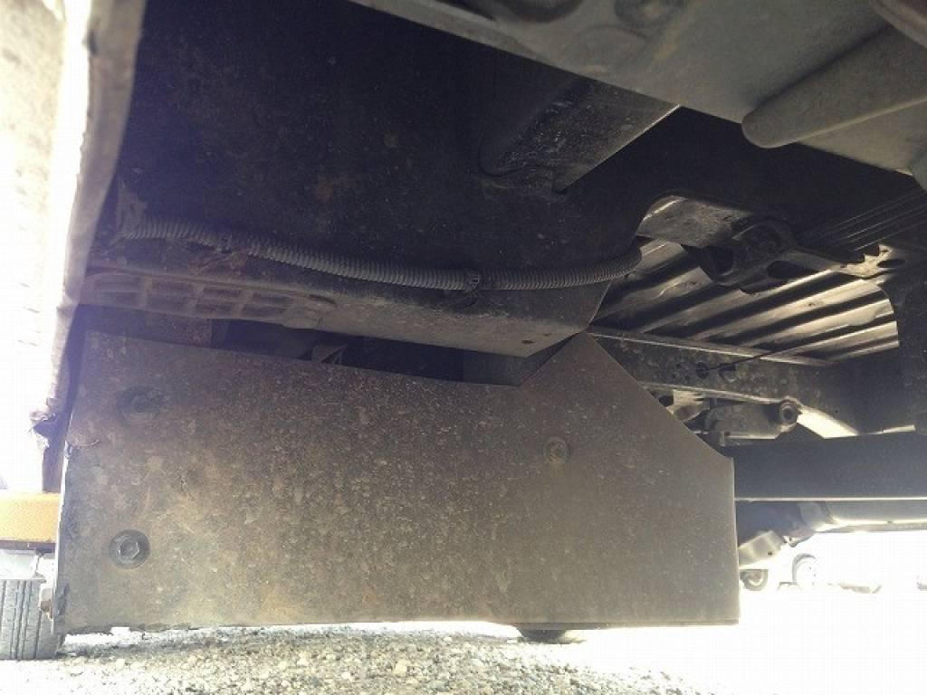 Used 2002 AT Toyota Hiace Van RZH125B Image[32]