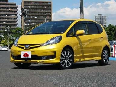 2013 CVT Honda Fit DBA-GE8