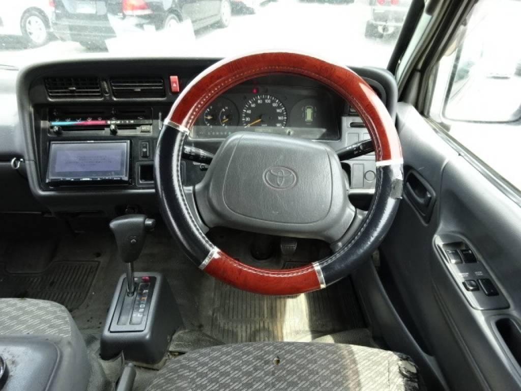Used 2003 AT Toyota Regiusace Van RZH102V Image[24]