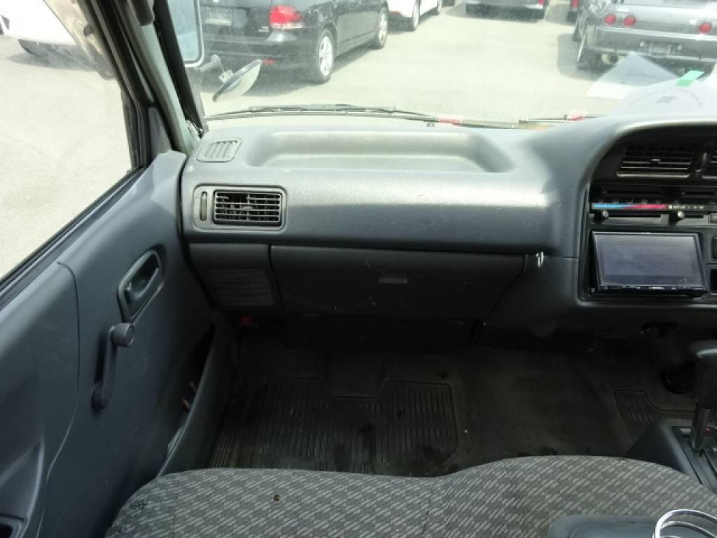Used 2003 AT Toyota Regiusace Van RZH102V Image[25]