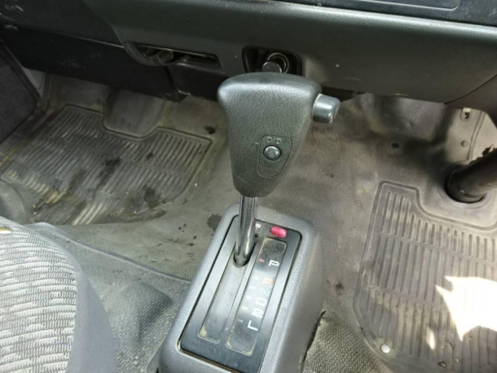 Used 2003 AT Toyota Regiusace Van RZH102V Image[29]