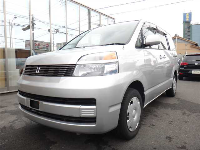 Used 2002 AT Toyota Voxy TA-AZR65G Image[2]