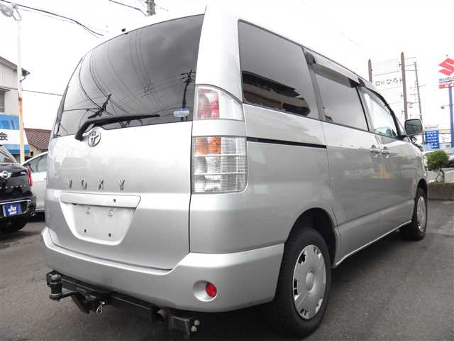 Used 2002 AT Toyota Voxy TA-AZR65G Image[5]