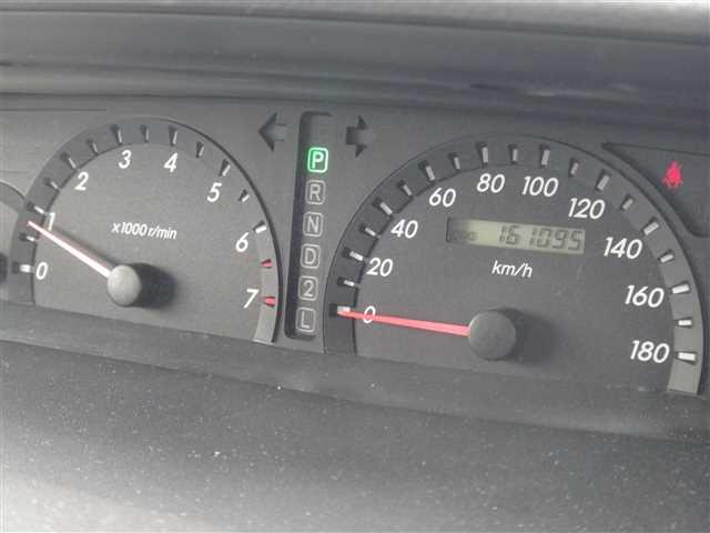 Used 2002 AT Toyota Voxy TA-AZR65G Image[16]