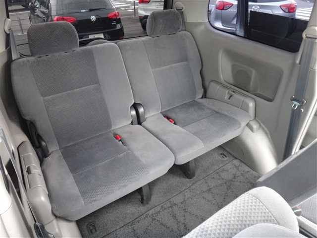 Used 2002 AT Toyota Voxy TA-AZR65G Image[20]