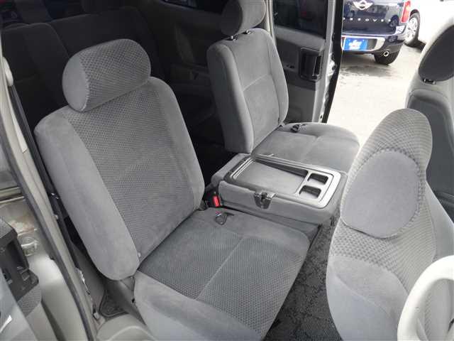 Used 2002 AT Toyota Voxy TA-AZR65G Image[21]