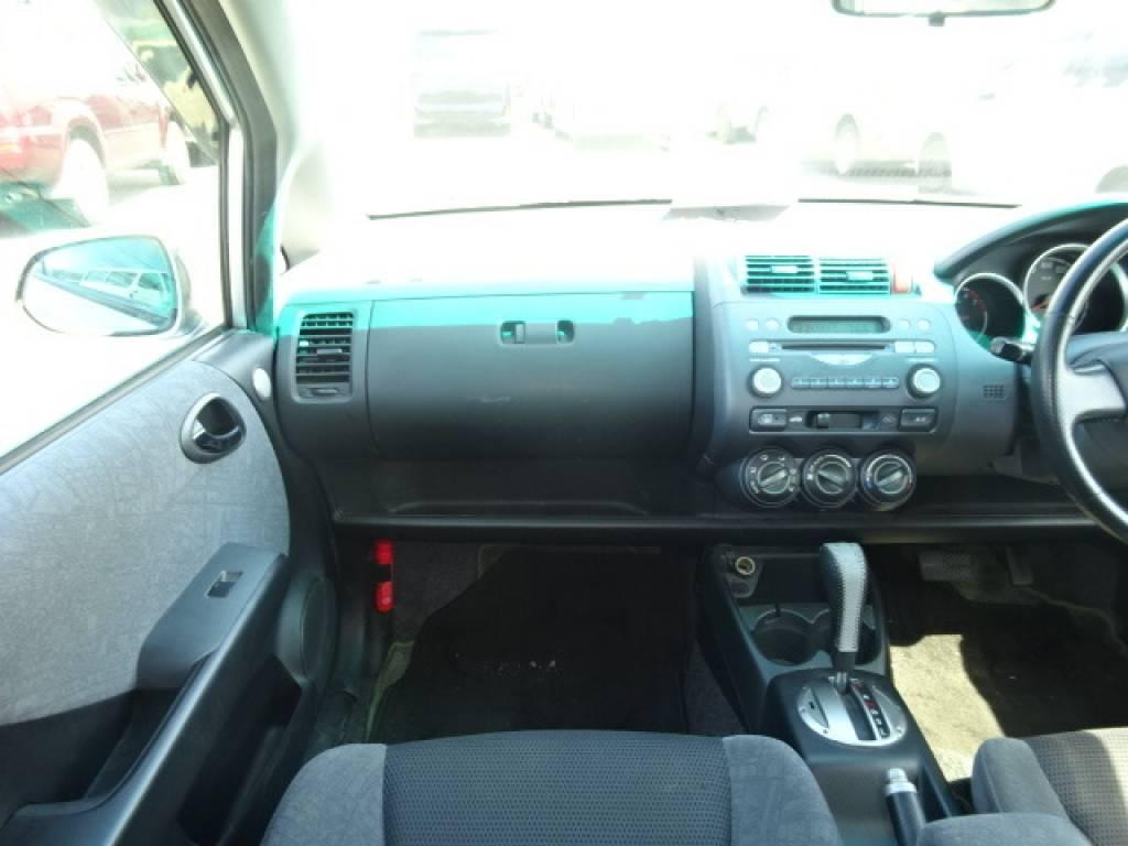 Used 2002 AT Honda Fit GD1 Image[12]