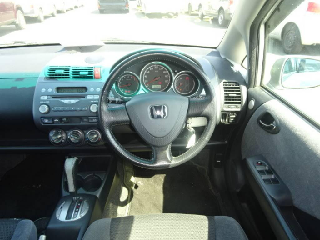 Used 2002 AT Honda Fit GD1 Image[13]