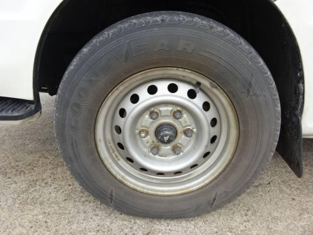 Used 2002 AT Toyota Hiace Van LH172V Image[18]
