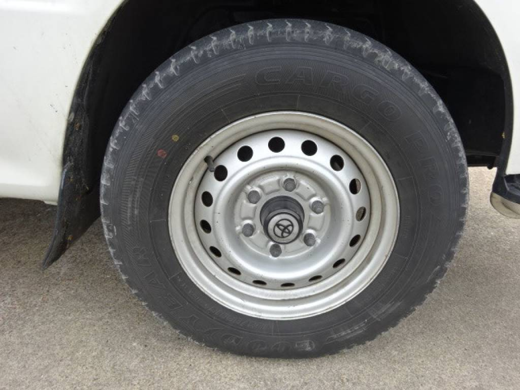 Used 2002 AT Toyota Hiace Van LH172V Image[21]