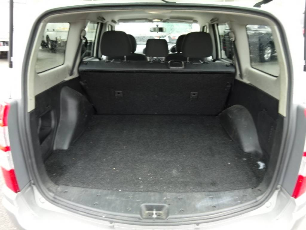 Used 2012 AT Toyota Succeed Wagon NCP58G Image[6]