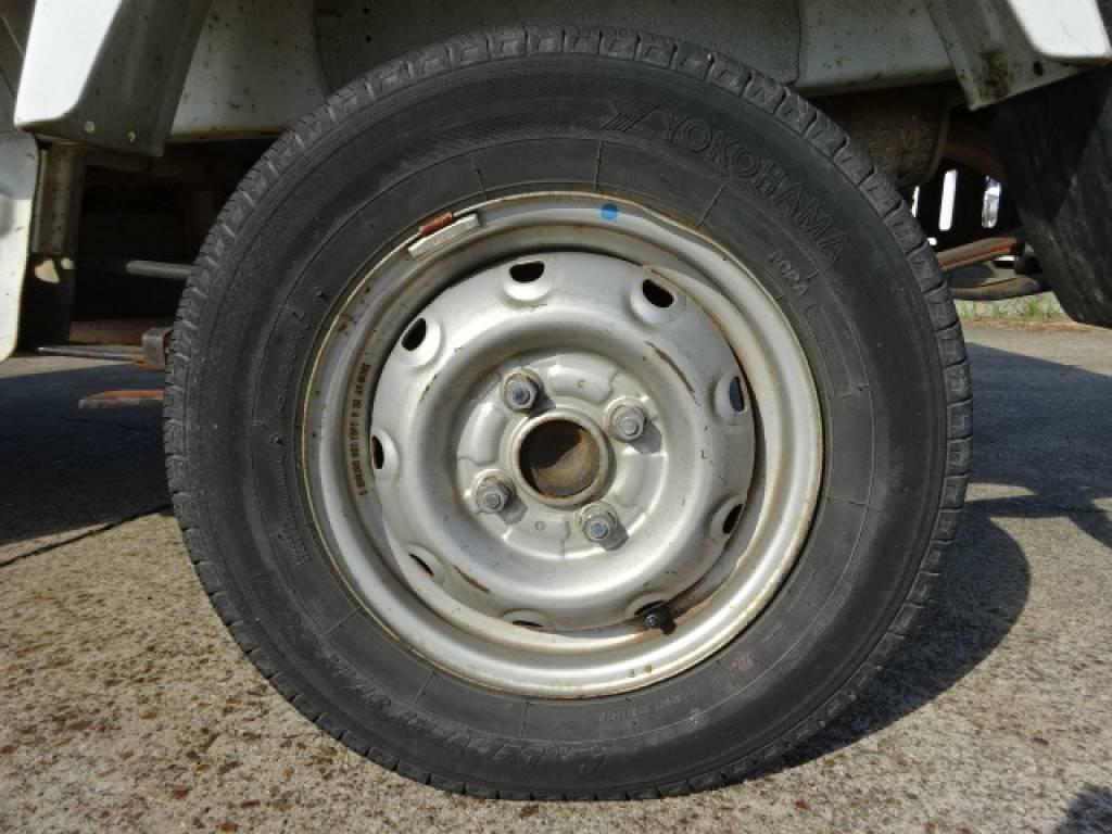Used 1999 MT Suzuki Carry Truck DA52T Image[17]