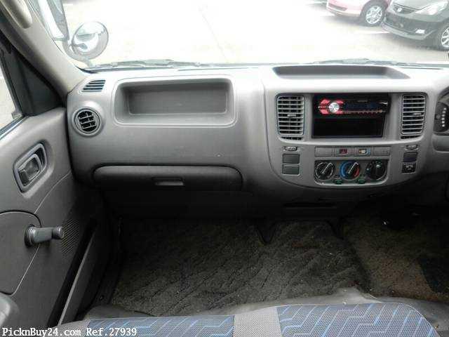 Used 2003 AT Nissan Caravan Van LC-VPE25 Image[17]