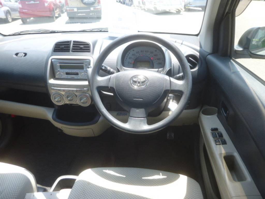 Used 2008 AT Toyota Passo KGC10 Image[10]