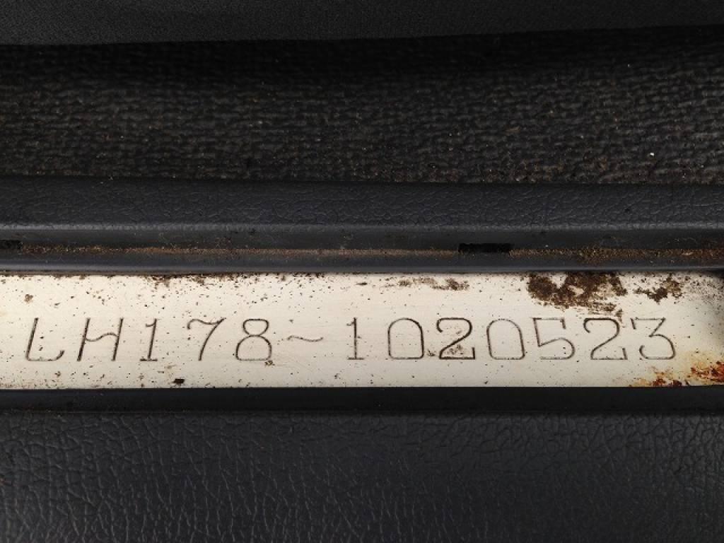 Used 2004 AT Toyota Hiace Van LH178V Image[33]