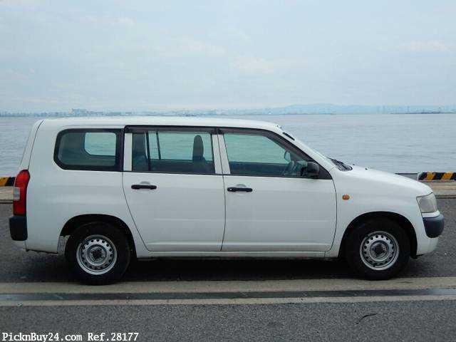 Used 2007 MT Toyota Probox Van CBE-NCP50V Image[4]