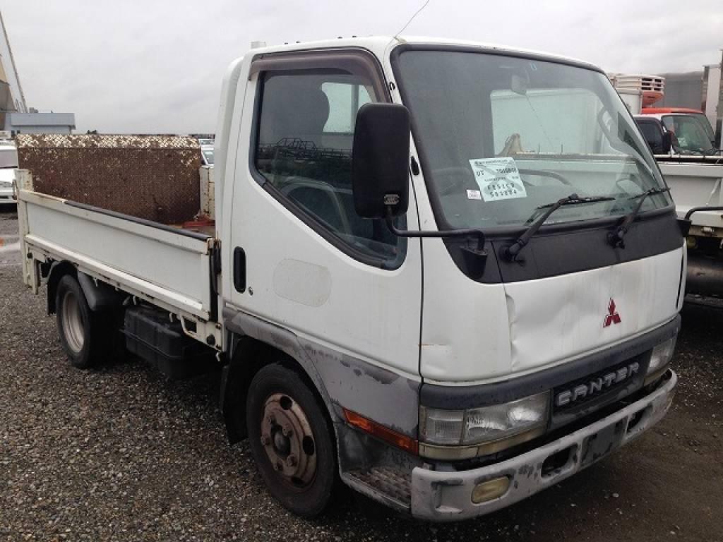 Used 2000 MT Mitsubishi Canter FE51CB