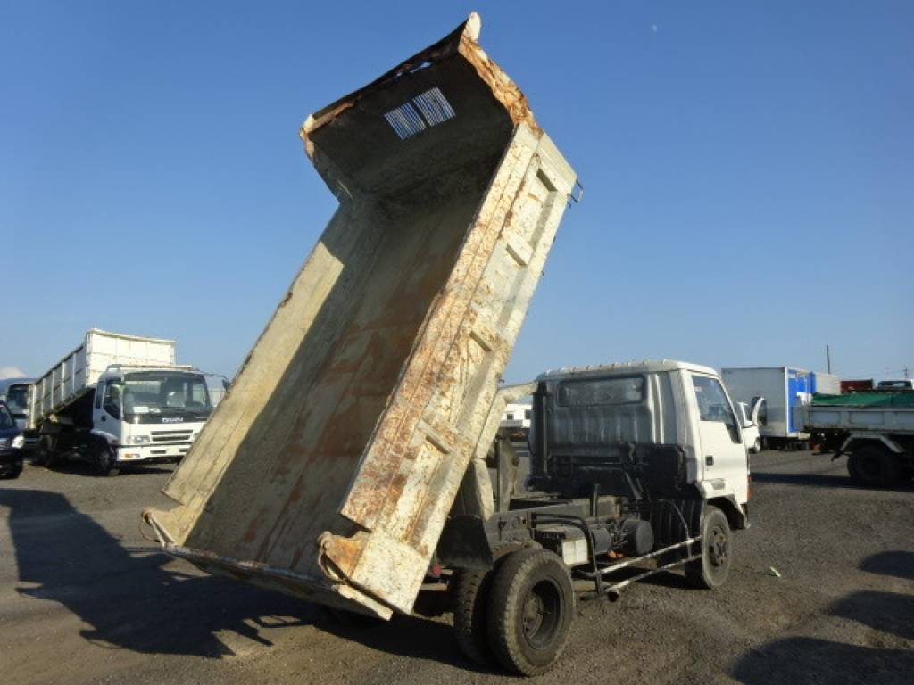 Used 1994 MT Mitsubishi Fuso Fighter Mignon FK337CD