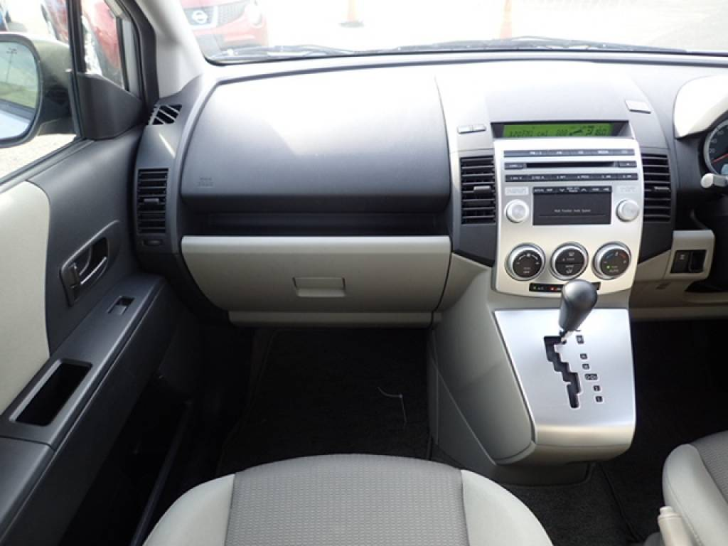 Used 2006 AT Mazda Premacy CREW Image[17]
