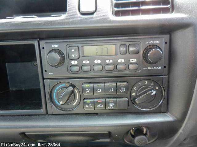 Used 2006 MT Mazda Bongo Truck KQ-SKF2T Image[24]