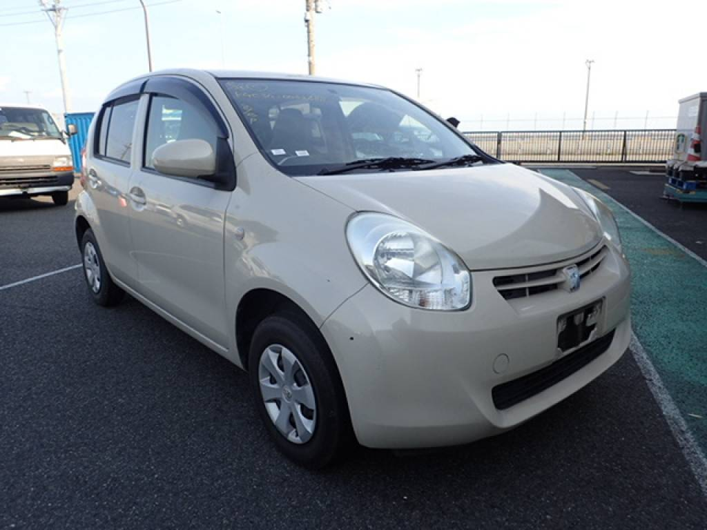 Used 2010 AT Toyota Passo KGC30 Image[1]