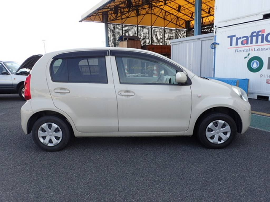 Used 2010 AT Toyota Passo KGC30 Image[6]