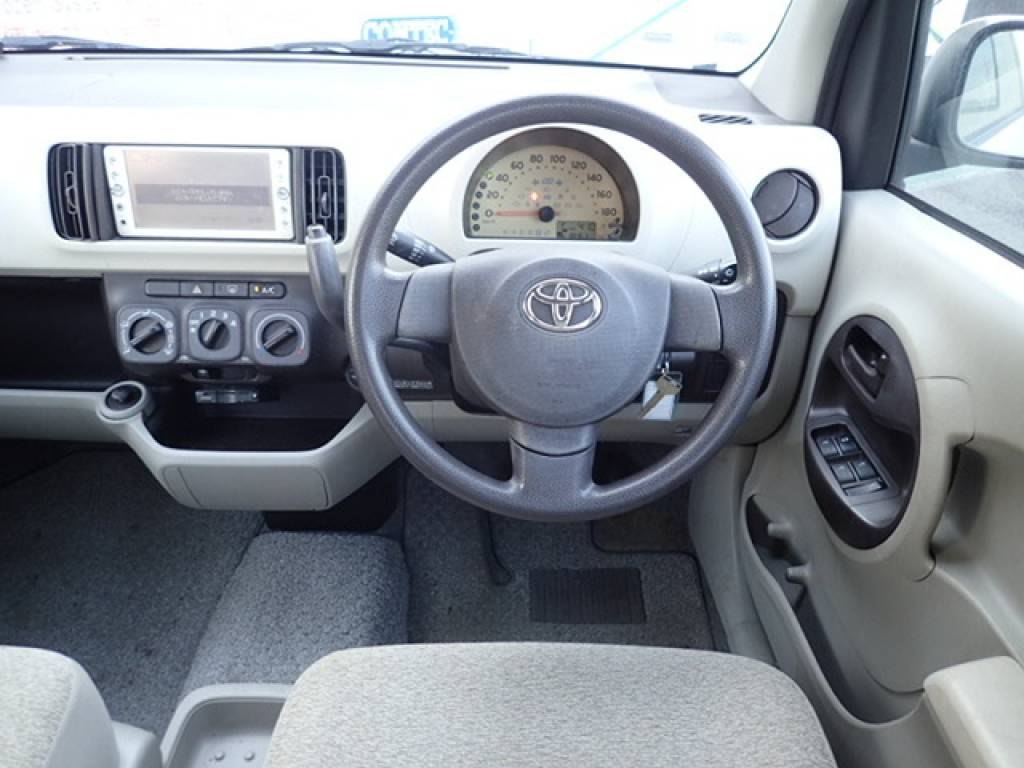 Used 2010 AT Toyota Passo KGC30 Image[14]