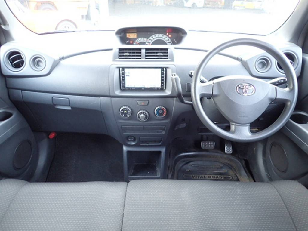Used 2006 AT Toyota bB QNC20 Image[14]