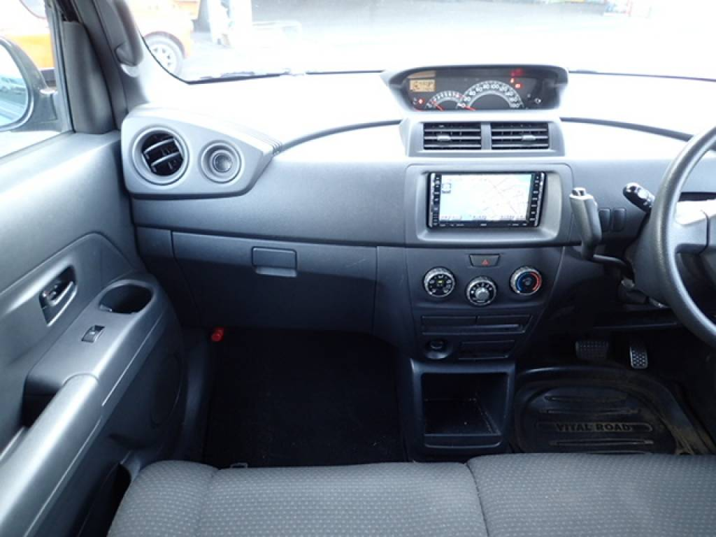 Used 2006 AT Toyota bB QNC20 Image[15]