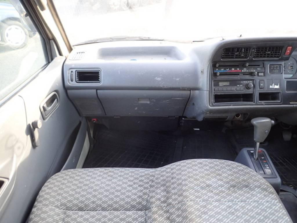 Used 1998 AT Toyota Hiace Van RZH112V Image[18]