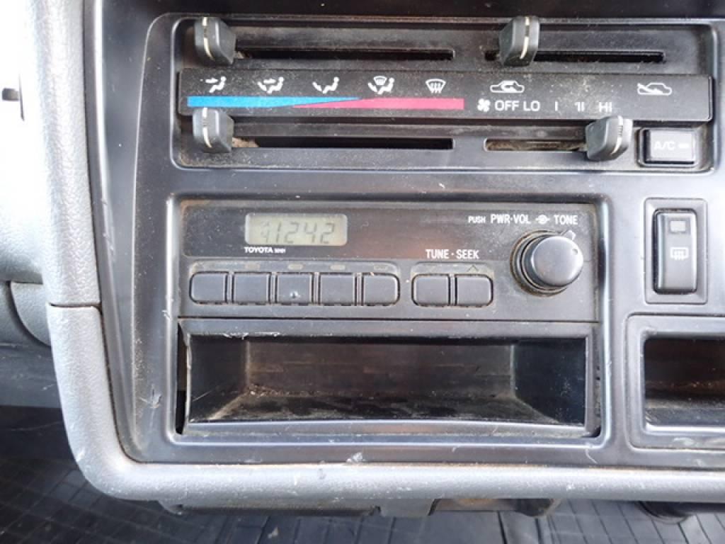 Used 1998 AT Toyota Hiace Van RZH112V Image[22]