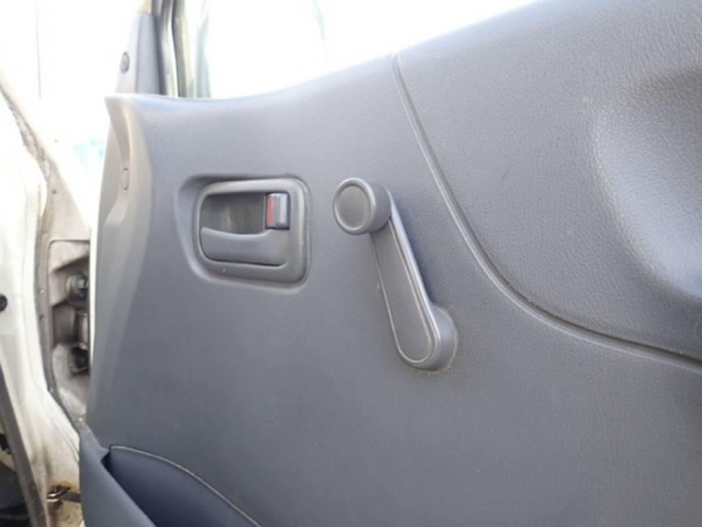 Used 1998 AT Toyota Hiace Van RZH112V Image[24]