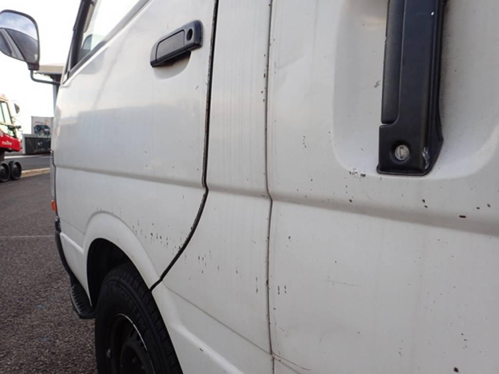 Used 1998 AT Toyota Hiace Van RZH112V Image[37]