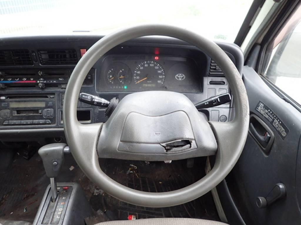 Used 1998 AT Toyota Hiace Van RZH102V Image[19]