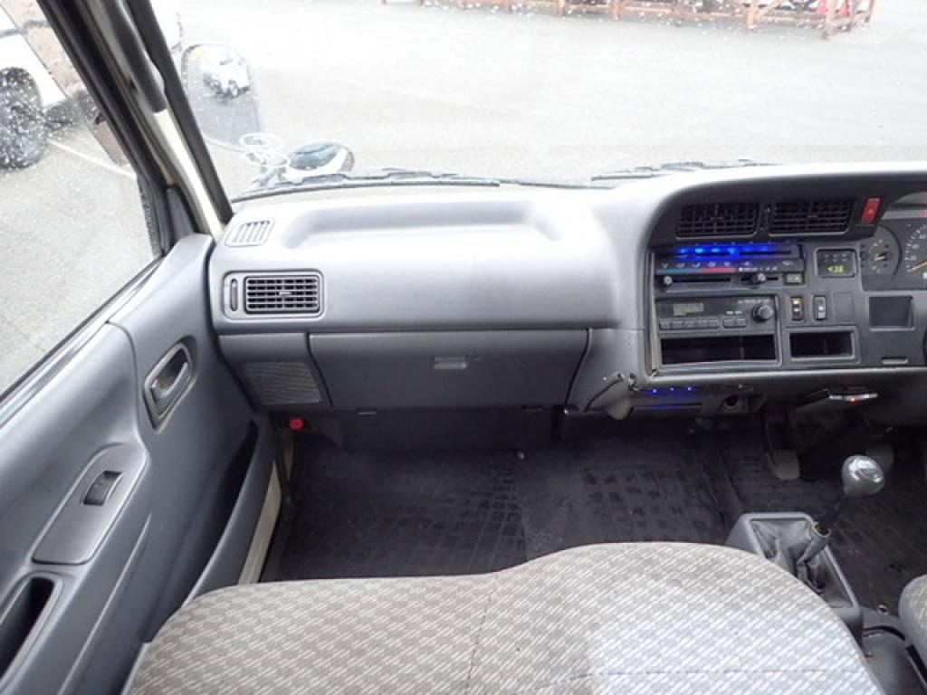 Used 2001 MT Toyota Hiace Van RZH112V Image[16]