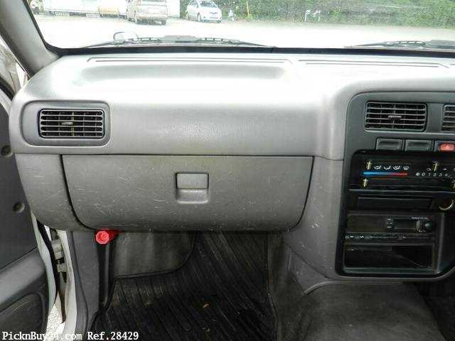 Used 1997 MT Nissan Datsun Pickup KC-BD22 Image[17]