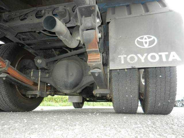 Used 2003 MT Toyota Dyna Truck KK-XZU301 Image[13]