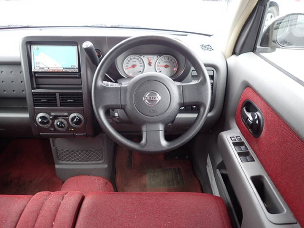 Used 2008 AT Nissan Cube YZ11 Image[14]