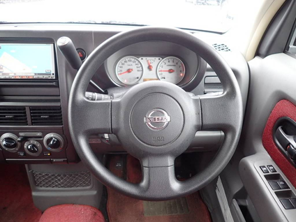 Used 2008 AT Nissan Cube YZ11 Image[16]