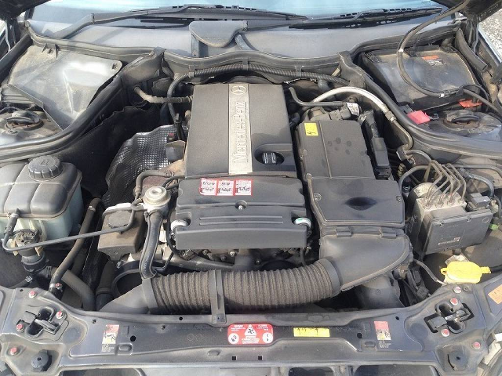 Used 2003 AT Mercedes Benz C-Class 203042 Image[32]