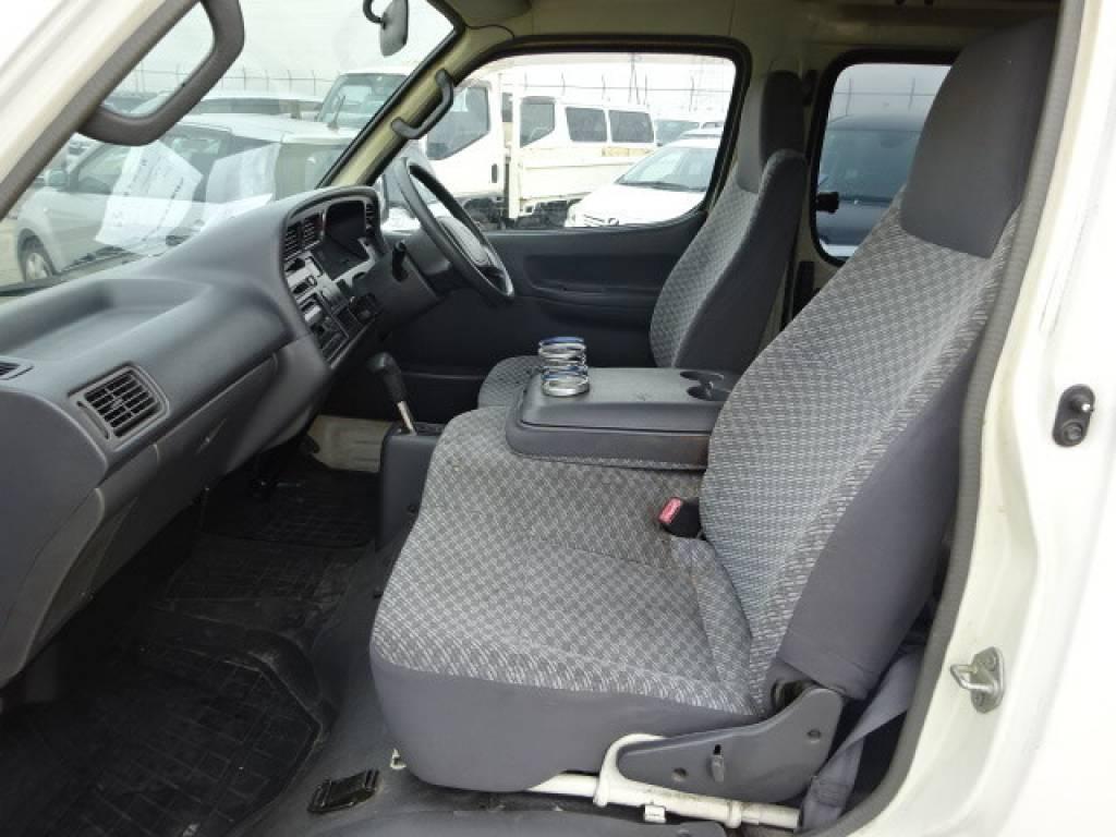Used 2000 AT Toyota Hiace Van RZH102V Image[8]