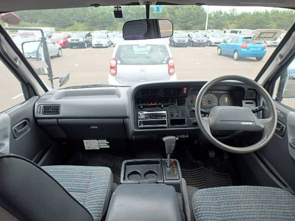 Used 1996 AT Toyota Hiace Van LH129V Image[8]
