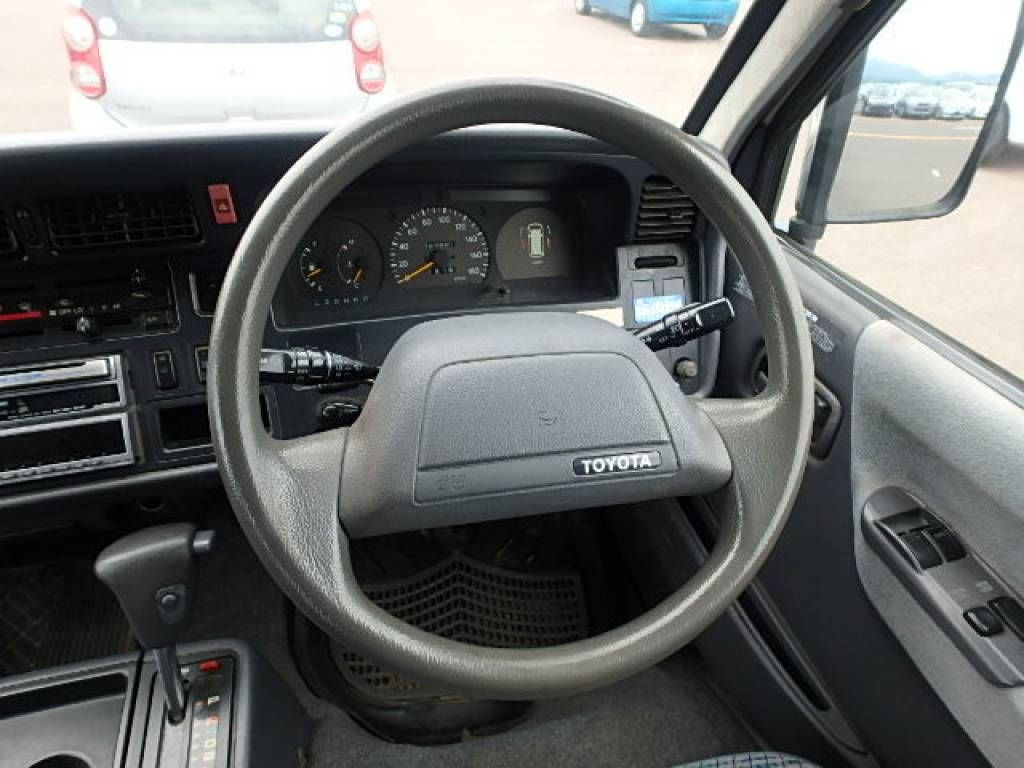 Used 1996 AT Toyota Hiace Van LH129V Image[9]