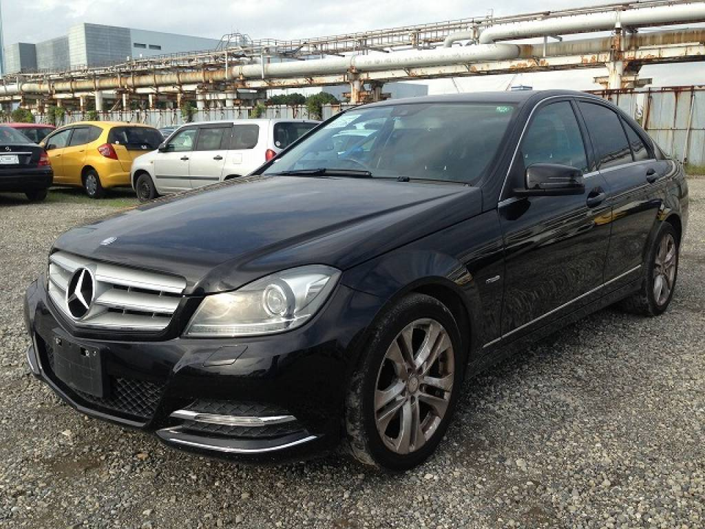 Used 2011 AT Mercedes Benz C-Class 204048