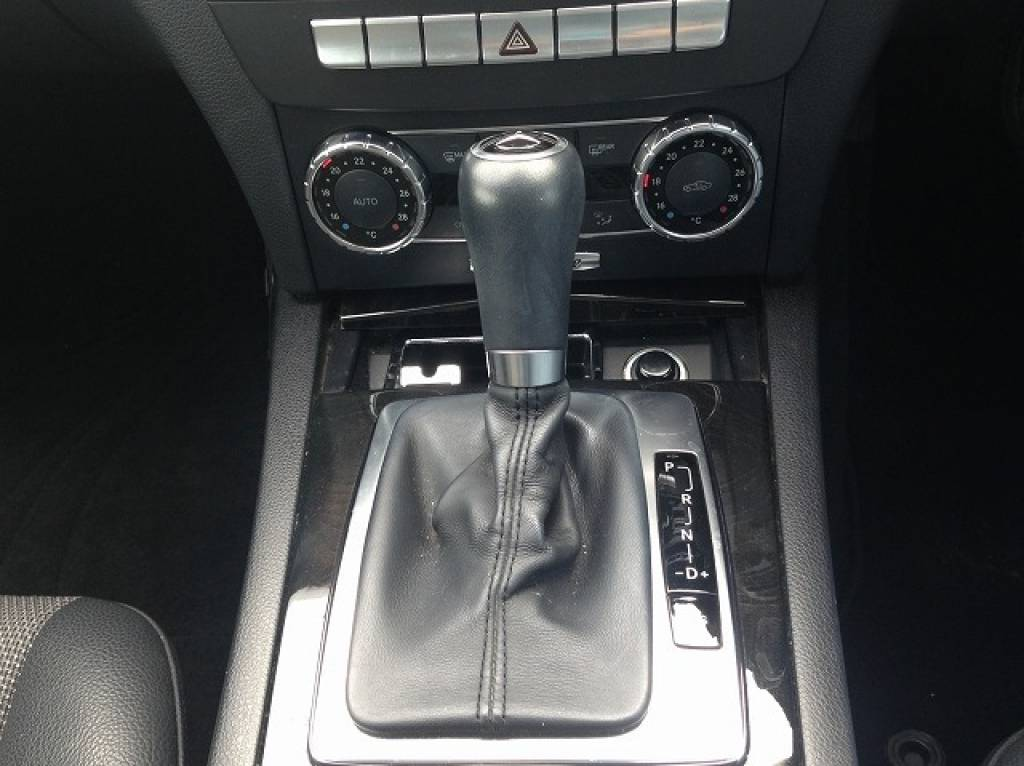 Used 2011 AT Mercedes Benz C-Class 204048 Image[14]